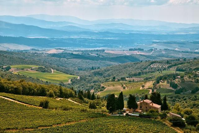 Hills and mountains in Tuscany
